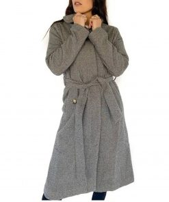 bachelor-in-paradise-tia-booth-coat