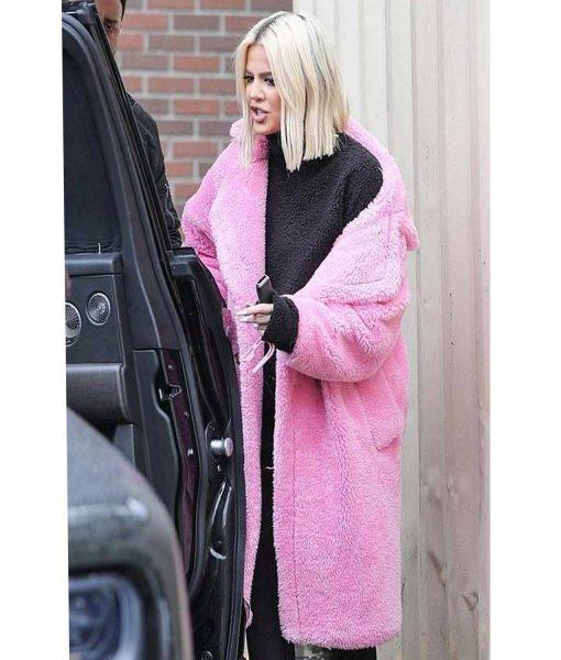 khloe-kardashian-keeping-up-with-the-kardashians-pink-coat