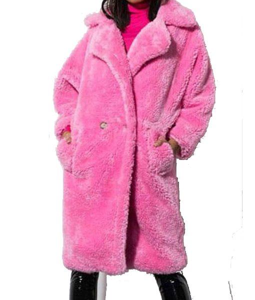 khloe-kardashian-sherpa-coat