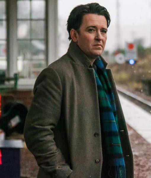 lost-at-christmas-rob-coat