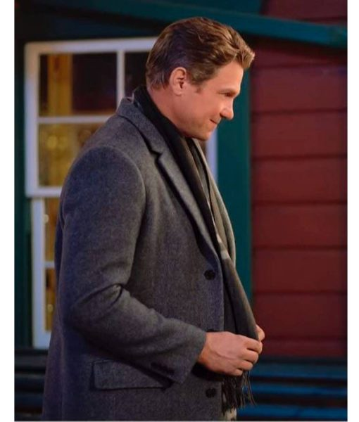 marc-blucas-coat