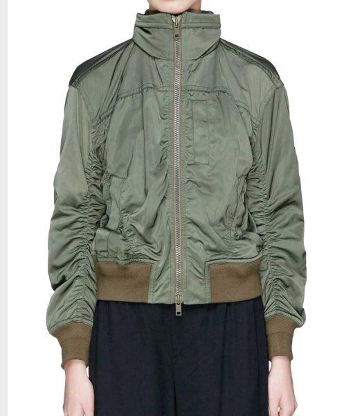 nina-salazar-roberts-green-jacket