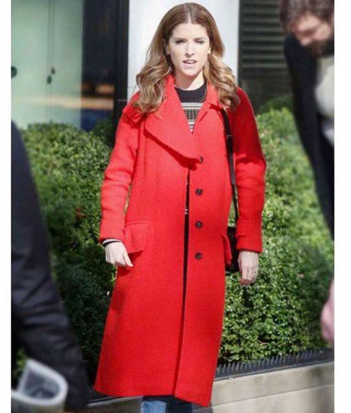 anna-kendrick-coat