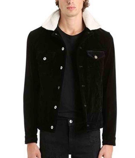 black-jacket-with-fur-collar