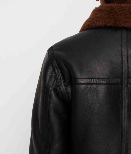 black-leather-jacket-with-fur-collar
