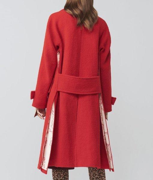 love-life-anna-kendrick-coat