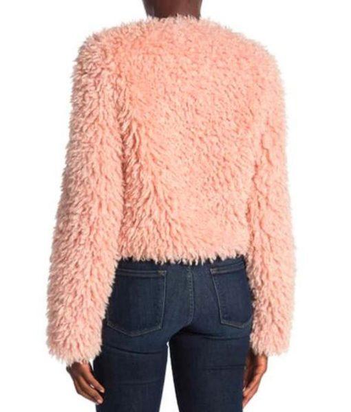 laya-deleon-hayes-pink-fur-jacket