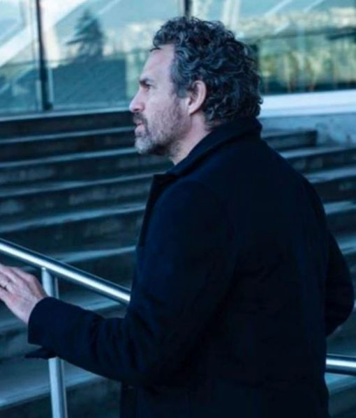 the-adam-project-mark-ruffalo-black-jacket
