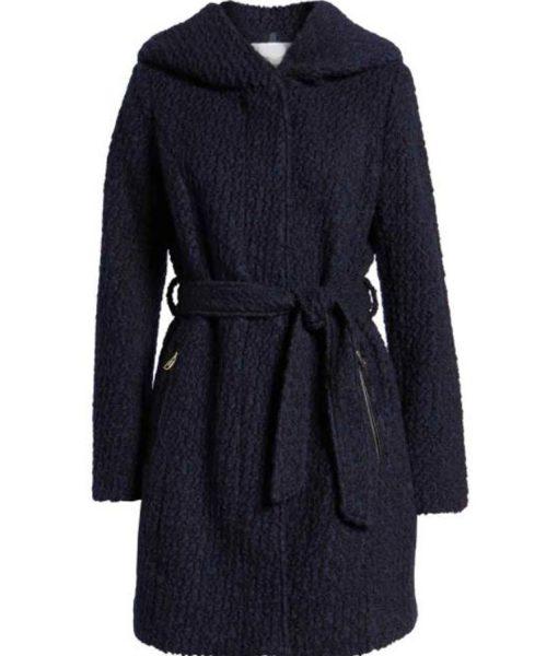hope-mikaelson-blue-coat