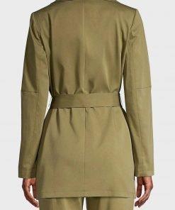 9-1-1-angela-bassett-green-coat