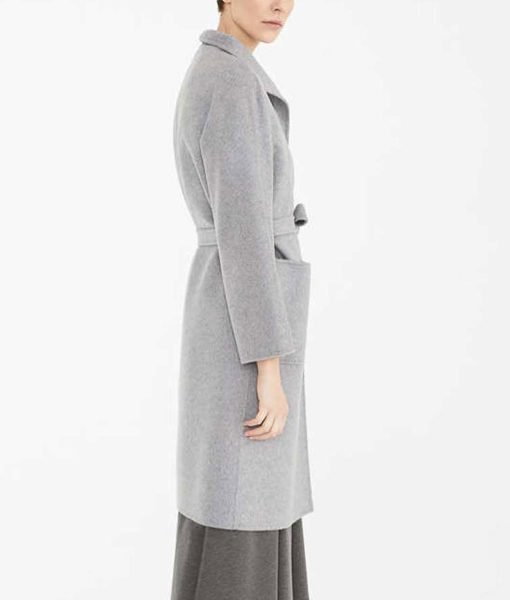 finding-alice-coat