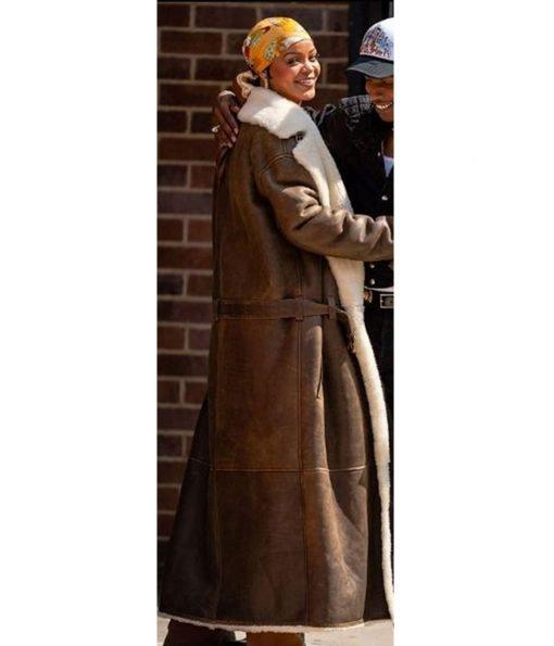 rihanna-coat