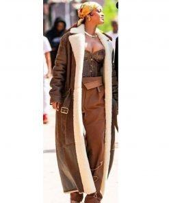 rihanna-the-bronx-of-new-york-city-coat